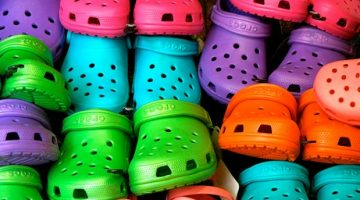 Crocs style and other white label sandals in AliExpress – Shopping tricks